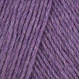 Photo of 'Amore 160' yarn