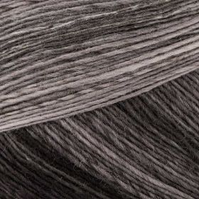 Photo of 'Dipinto' yarn