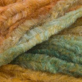Lion Brand Chenille - Suggested substitutes | YarnSub - Yarn
