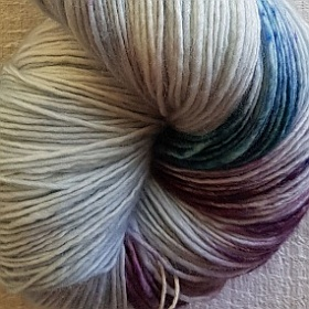 Photo of 'Alma' yarn